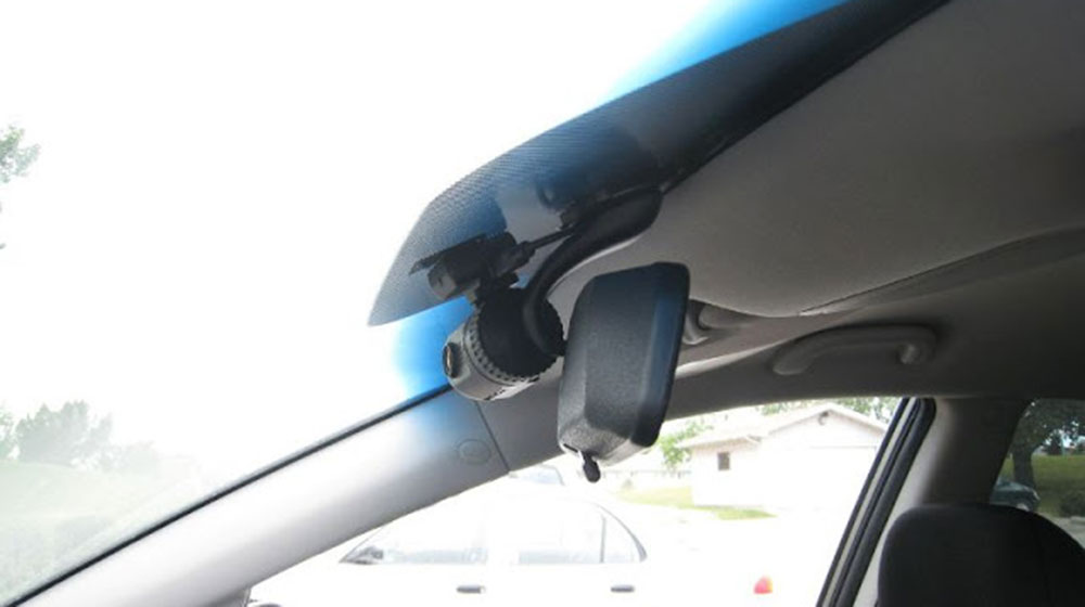 camera hanh trinh 2 - Loạn camera hành trình cho ô tô
