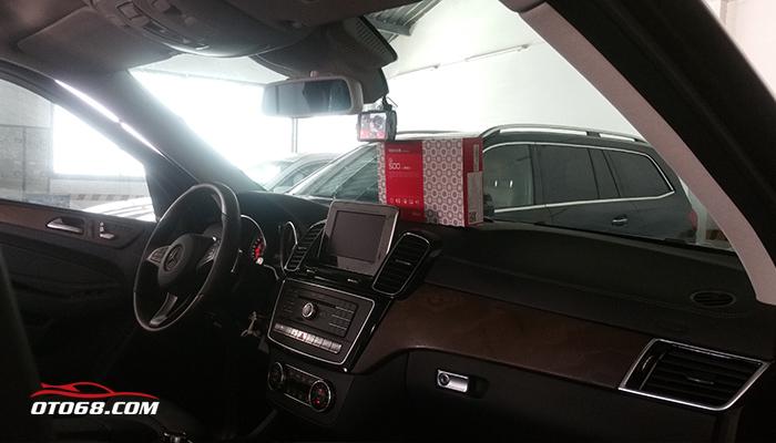 mercedes gls mua camera hanh trinh 02 - Camera hành trình GNET - An toàn cho mỗi chuyến đi