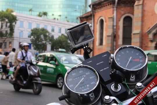 sqX8WAg - Lắp đặp camera hành trình ô tô tại tphcm