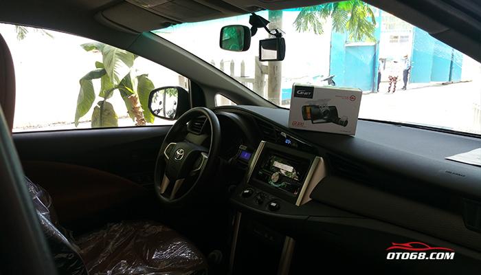 toyota innova 2016 gnet gi300 06 - Camera hành trình GNET - An toàn cho mỗi chuyến đi