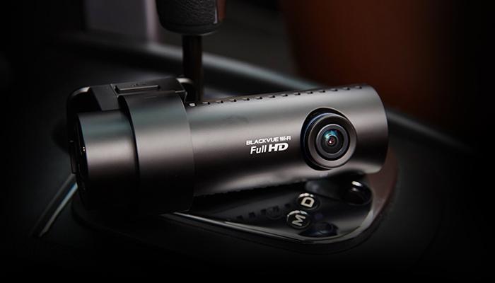 camera hanh trinh blackvue 650 oto68 2  - Lắp đặt camera hành trình ô tô tại quận Bình Tân