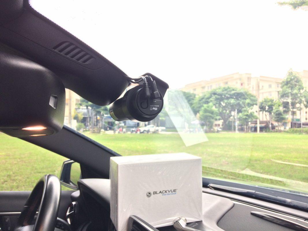 Mer A250 1 1067x800 - Cách xử lý các tình huống bất ngờ khi lái xe ô tô
