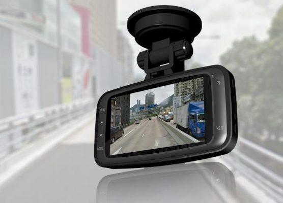 tz 21488114397 image 1488114196 hinh 2 556x400 - Những điểm cần lưu ý khi chọn camera hành trình ô tô