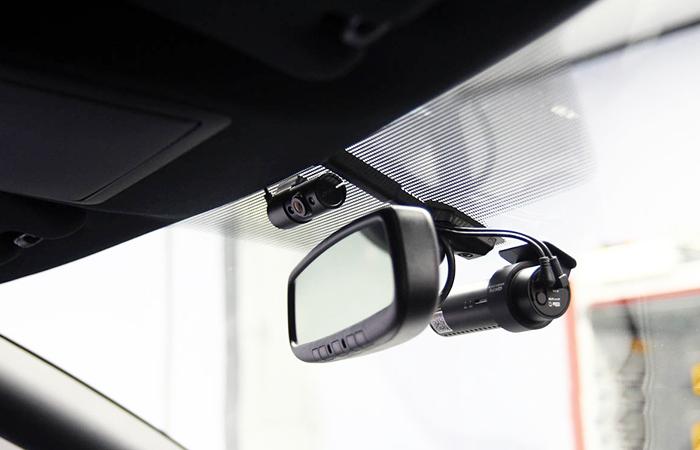 camera hanh trinh oto blackvue 2 - 5 lưu ý khi tự thực hiện lắp đặt camera hành trình ô tô