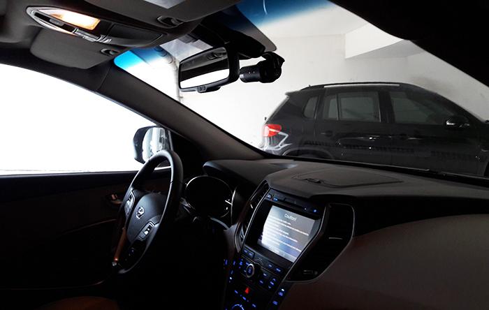 Camera Blackvue gan xe Huyndai Santafe - Đánh giá camera hành trình ô tô Blackvue trên một số dòng xe