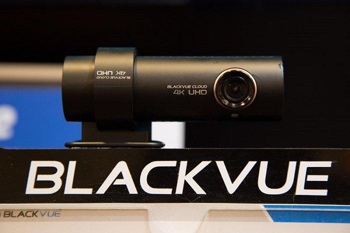 camera hanh trinh blackvue DR900S 1 - Blackvue ra mắt sản phẩm camera hành trình DR900S – 2CH 4K tại SEMA 2017