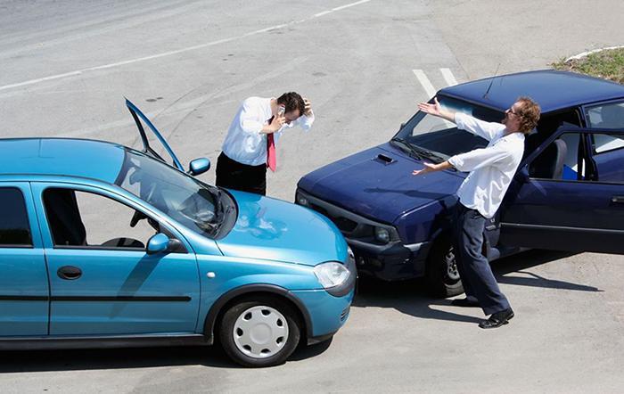 luu y khi lai xe o to 2 - Người mới lái xe nên lưu ý những gì?