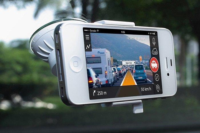 camera hanh trinh o to 1 - Tại sao không nên dùng smartphone thay camera hành trình ô tô?