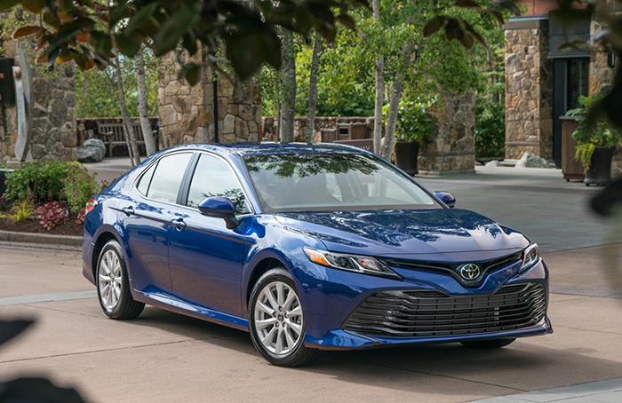 Toyota Camry 2018 - Gợi ý những dòng xe hơi mới, tốt nhất năm 2018 cho mọi gia đình
