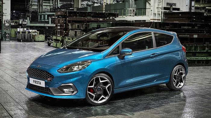 1.Ford Fiesta ST - Điểm danh những xế hộp tầm giá 30.000 USD mê hoặc người dùng