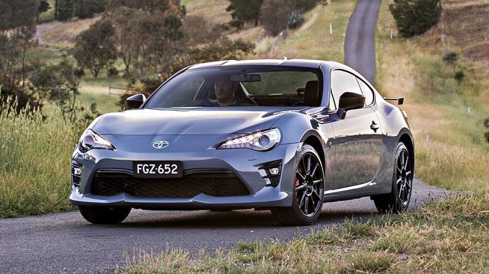 5.Toyota 86 - Điểm danh những xế hộp tầm giá 30.000 USD mê hoặc người dùng