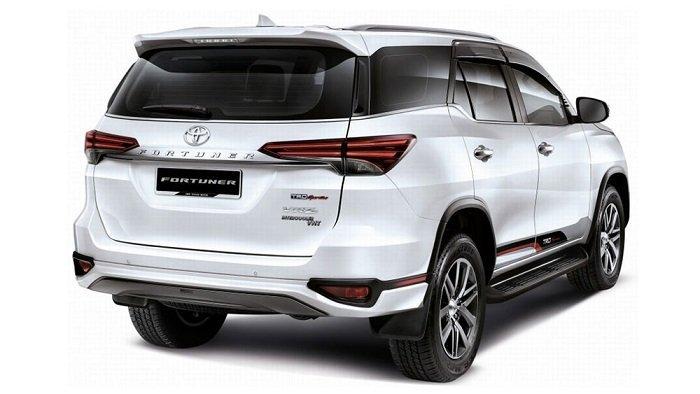 Toyota Fortuner 2018 - Điểm danh những mẫu ô tô nhập khẩu giá hợp lý sắp bán tại Việt Nam