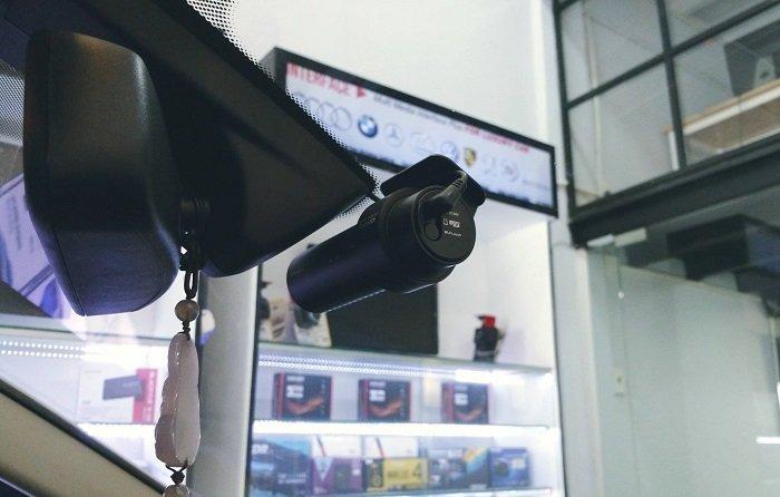 camera hanh trinh o to - Có nên sử dụng camera hành trình cho ô tô không ?