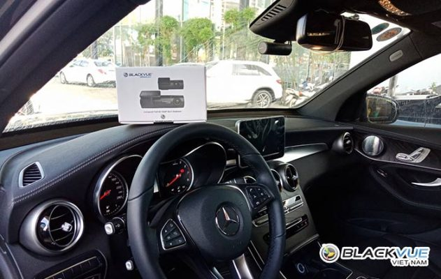 """camera hanh trinh blackvue dr590w 2ch 2 631x400 - Blackvue DR590W chinh phục mọi thế hệ Mercedes trong """"1 nốt nhạc"""""""