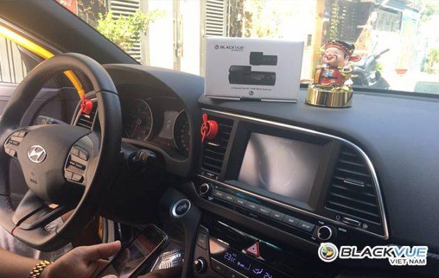 camera hanh trinh blackvue dr590w series 1 631x400 - Hyundai Elantra vàng rực đón Tết bên Blackvue DR590W