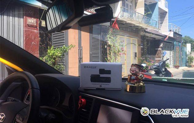 camera hanh trinh blackvue dr590w series 3 631x400 - Hyundai Elantra vàng rực đón Tết bên Blackvue DR590W
