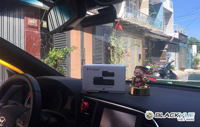 camera hanh trinh blackvue dr590w series 3 - Hyundai Elantra vàng rực đón Tết bên Blackvue DR590W