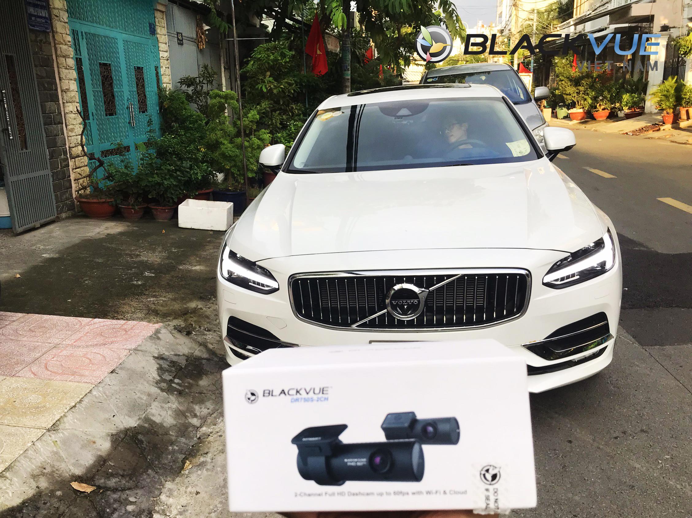 z2058771429972 a7c48a4d926e3cbd3c767293a8b3ed6e 1 - Khách hàng hiểu công nghệ chọn Blackvue DR750S-2CH kết hợp với Volvo cho sự an toàn tuyệt vời