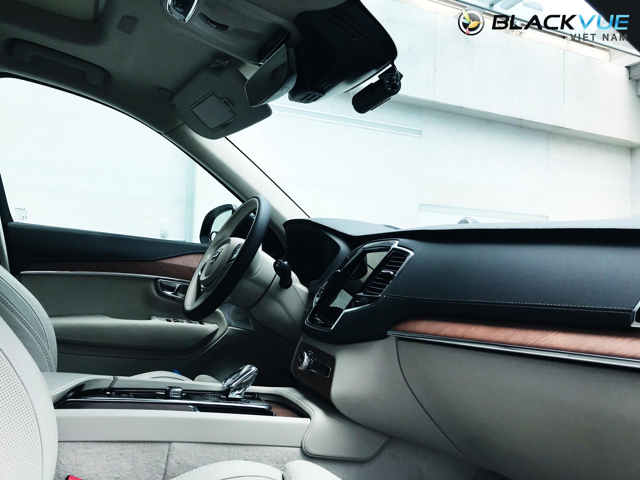 z2070909831516 9acd6f6534e321d1e2e72530abb0ab84 - Blackvue phù hợp với mọi loại xe ô tô