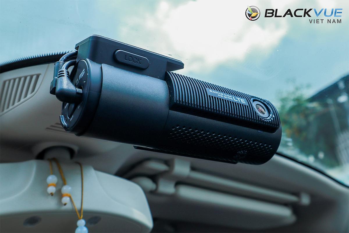 Camera hành trình Blackvue DR750 2CH LTE 2 - Top 3 Camera hành trình bán chạy nhất hiện nay